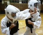 Тренировка. Обучение самообороне. Боевое искусство.