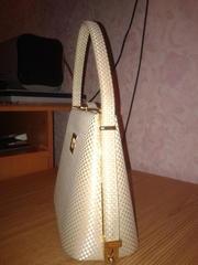 Продам фирменную сумку - клатч почти новую